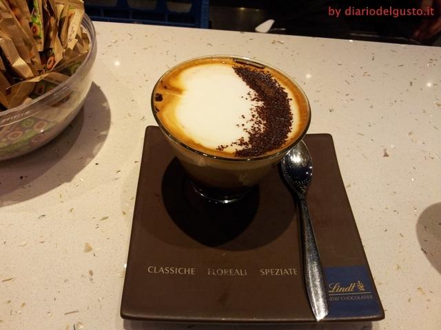 Foto Cappuccino al cioccolato Lindt