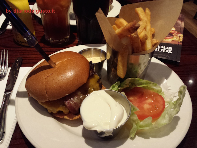 Foto Hard Rock Cafè Legendary burger